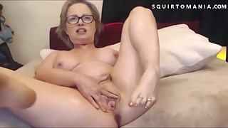 Hot Mature with Big Chest Squirting Wet Orgasm Exclamation