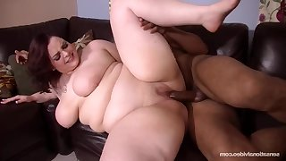 SUPERSIZED BIG Incomparable WOMEN Cumming Hard - Melody monroe