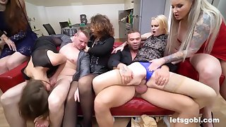 Wild group sex orgy with rub-down the Neighbors - Daphne klyde