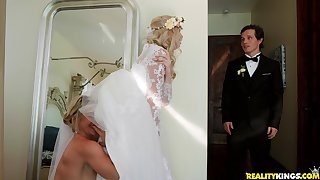 Big wedding go steady with turns less everlasting threesome for Lexi Lore and their way friends