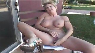 Mature Honey Ray - granny porn video