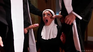 Hot nun pleases these men with the dirtiest troika